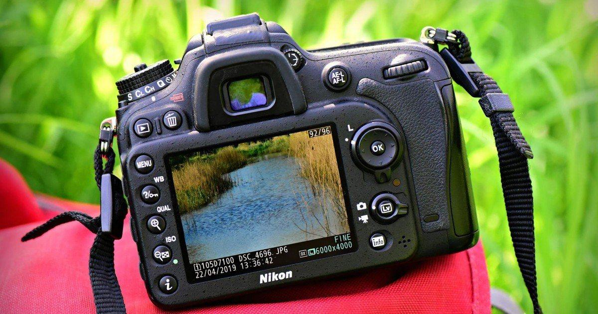 Que devez-vous regarder lors de l'achat d'un appareil photo reflex numérique